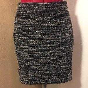 EUC Ann Taylor tweed skirt